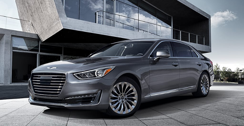 The 2019 Genesis G90 vs the Tesla Model S